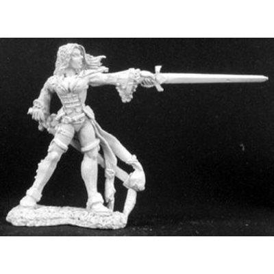 Lonnia, Female Duelist